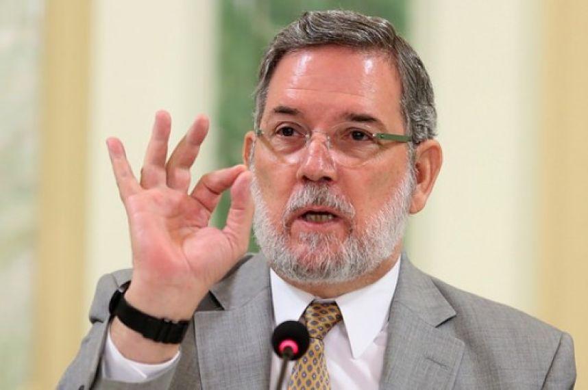 """Rodríguez Marchena: """"Con su retiro del diálogo, Abinader boicotea Pacto Eléctrico"""""""