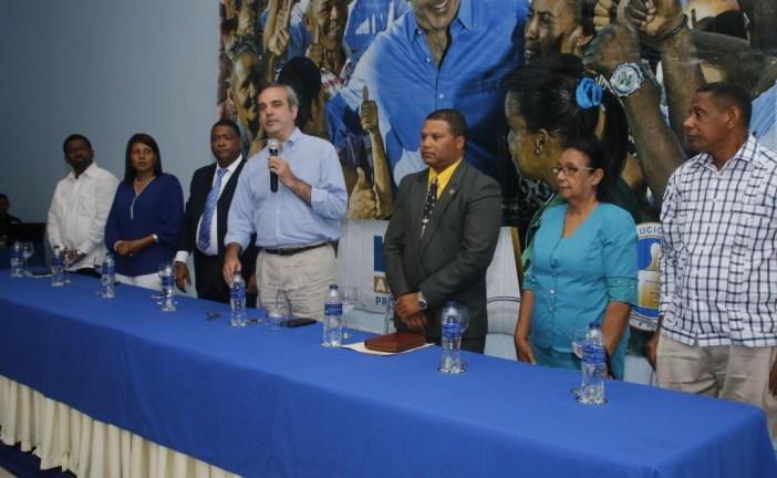 Abinader asegura su gobierno enfrentará desigualdad y violencia que afectan a las familias
