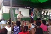 ProConsumidor orienta fritureras de Boca Chica en manipulación de alimentos