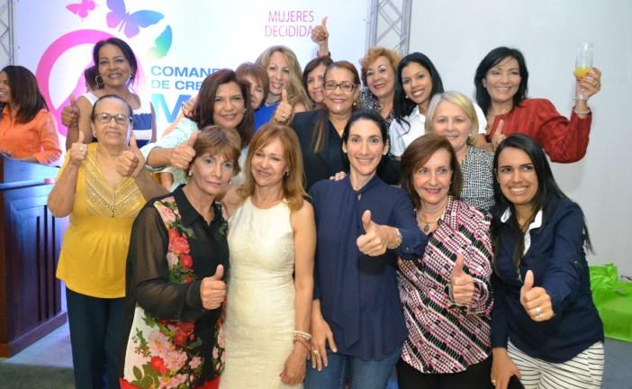 """Movimiento """"Mujeres Decididas""""  ofrece apoyo a Luis Abinader"""
