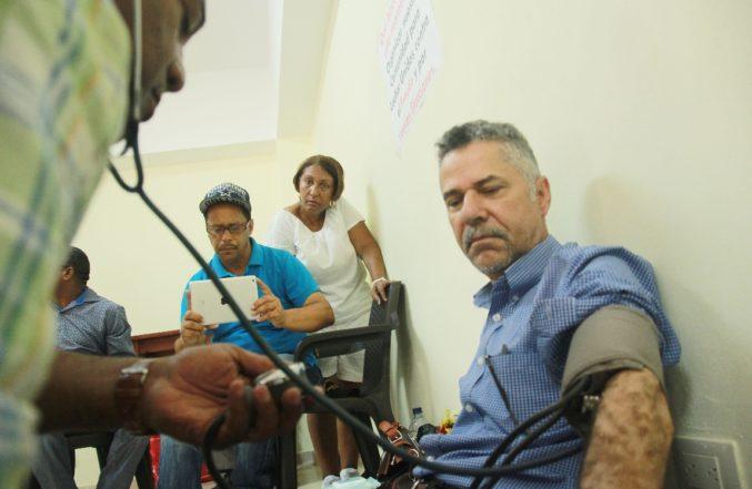 Candidatos de Santo Domingo Este siguen en huelga de hambre