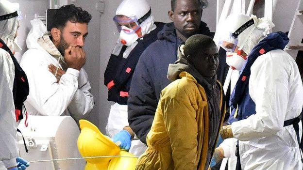 Relato de uno de los naufragios de migrantes más trágicos en el Mediterráneo