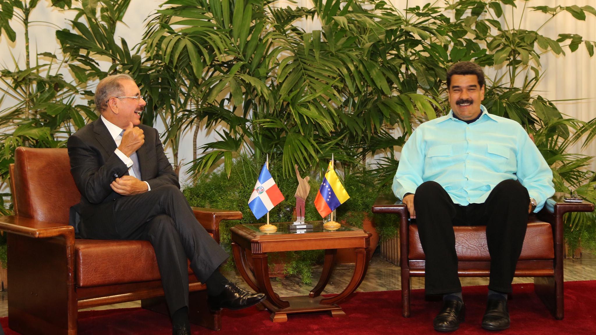 Danilo Medina proclama en Cuba que acoge diálogo gobierno y oposición venezolanos
