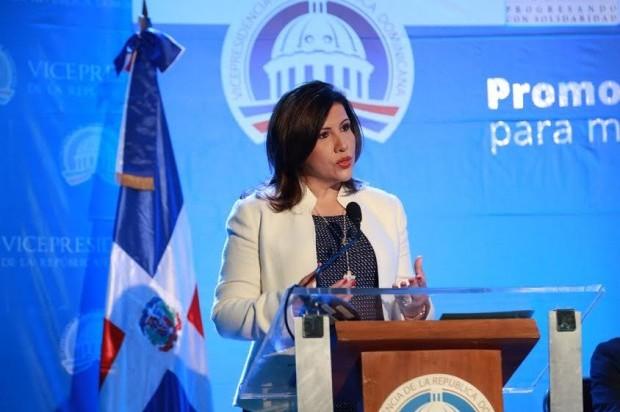 Margarita Cedeño mantiene su apoyo a Hillary Clinton aunque perdió de Donald Trump