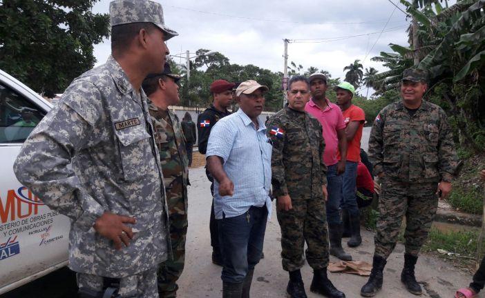 Ministro de Defensa realiza recorrido de las zonas afectadas del Bajo Yuna