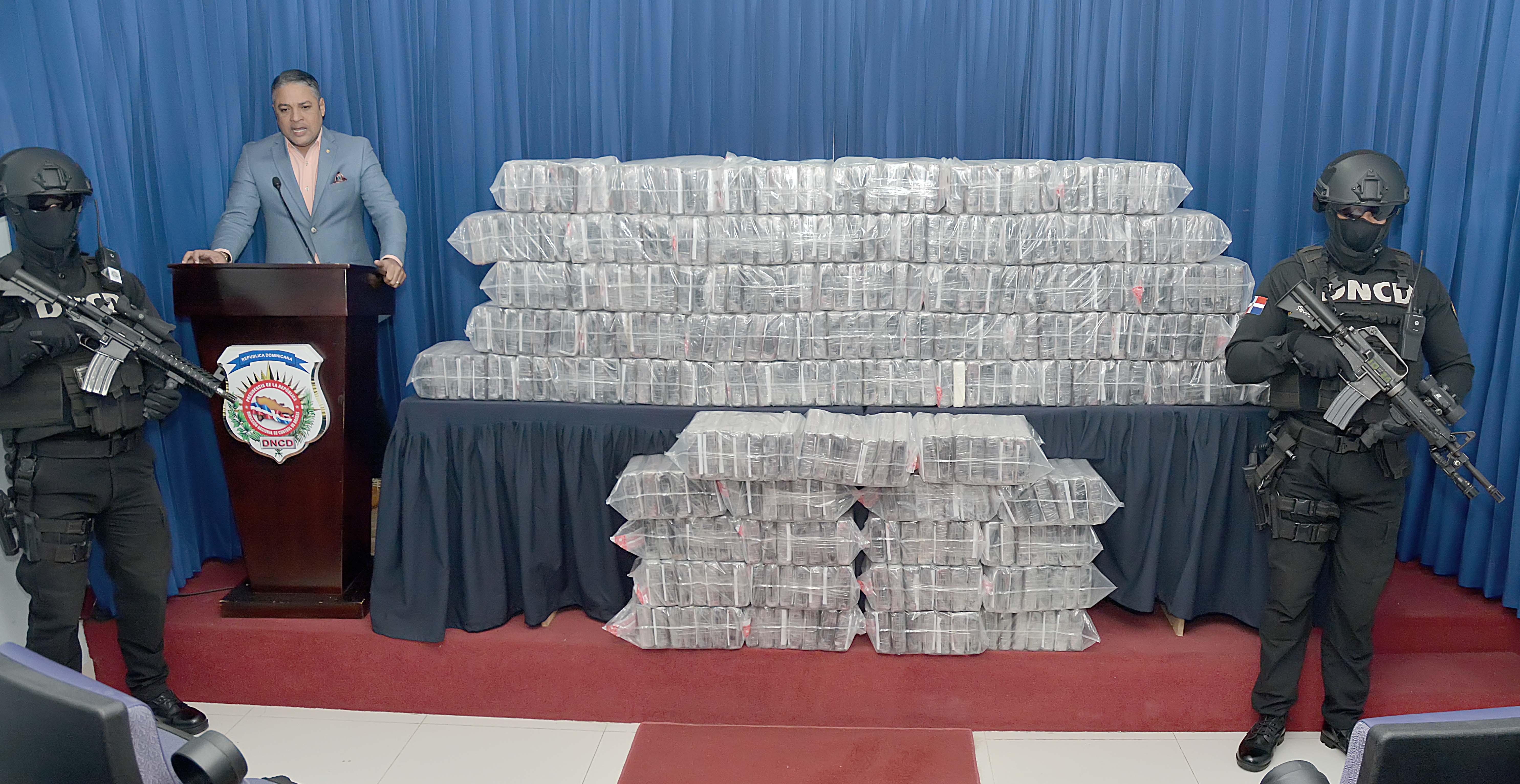 DNCD decomisa 390 paquetes de droga
