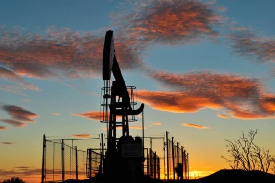 Petróleo venezolano continúa recuperación y cierra la semana en 46,61