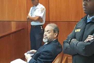 Juez impone garantía económica e impedimento de salida a Bernardo Castellanos