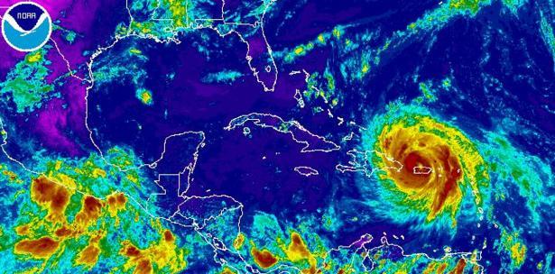 María reduce de intensidad a un huracán categoría 3