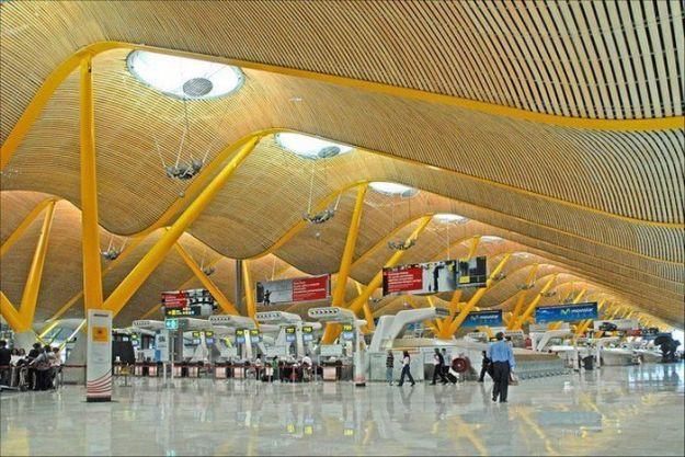 Te explciamos las ofertas laborales del Aeropuerto de Madrid.