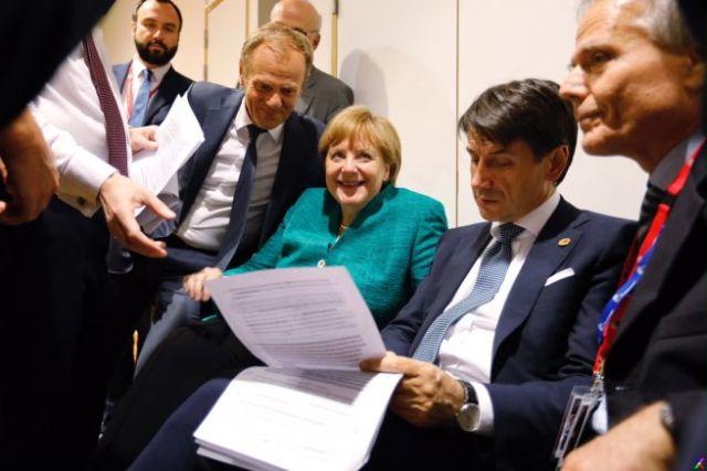 Giuseppe Conte y Angela Merkel.