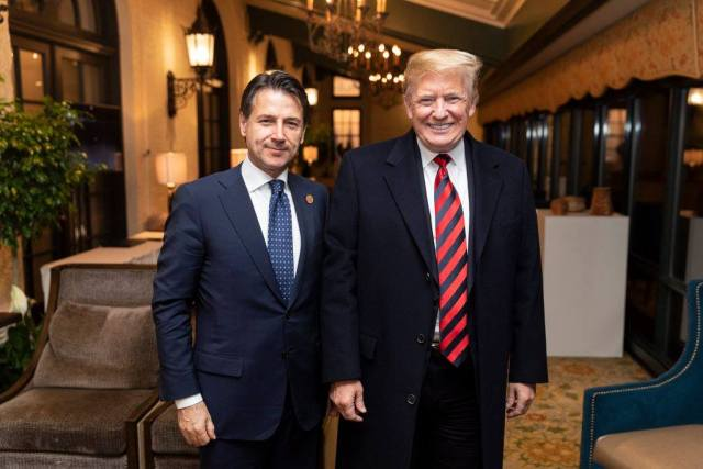 Conte y Trump. (Shealah Craighead [Public domain], via Wikimedia Commons)