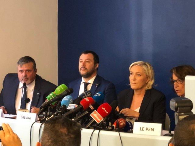 Salvini y Le Pen. (@matteosalvinimi)