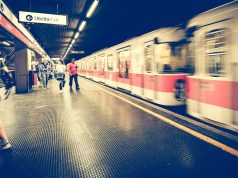 Metro de Milán.