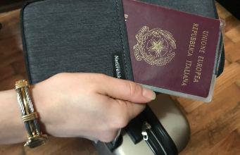 Pasaporte italiano.