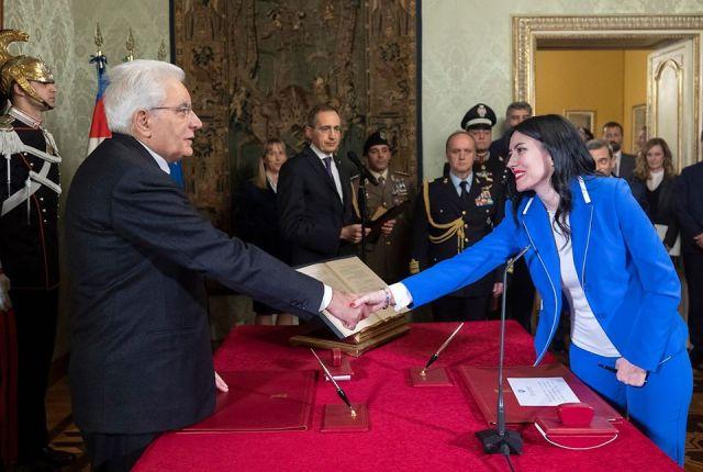 Sergio Mattarella y Lucia Azzolina.