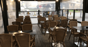Restaurante vacío.