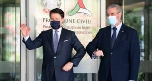 Giuseppe Conte en Protección Civil.