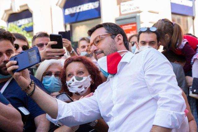 Salvini en Piazza del Popolo