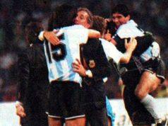 El festejo de Maradona por el triunfo de Argentina contra Italia en el Mundial 1990 (Foto: Archivo)
