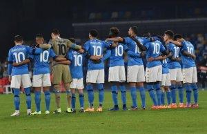 Los jugadores del Napoli, con la 10 en la espalda (Foto: Twitter Koulibaly Kalidou)