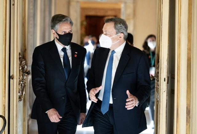 El secretario de Estado de EE. UU., Anthony Blinken, y el primer ministro Mario Draghi (Foto: Governo)