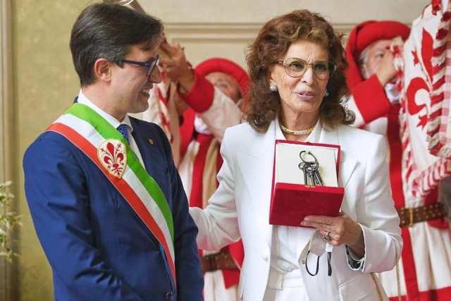Sophia Loren recibió las Llaves de la Ciudad de Florencia (Foto: Facebook Dario Nardella)