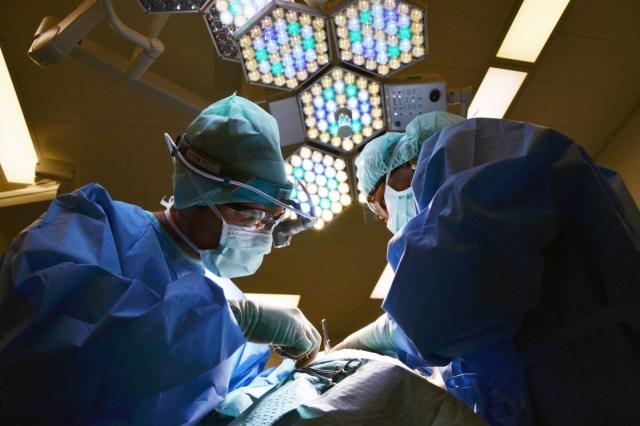 Médicos (Foto: PxHere - Archivo)