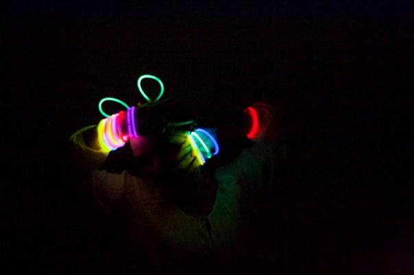 Pulseras-fluorescentes-3
