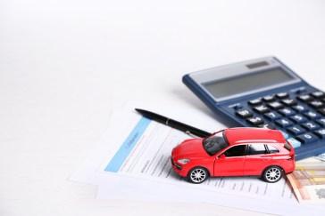 Seguros de coche baratos: en 2017 han seguido bajando