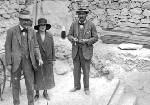 Carnarvon, Herbert, and Carter at Tut's Tomb