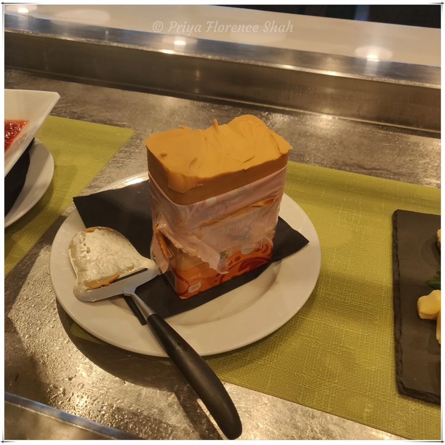 I absolutely loved the Norwegian brown cheese (brunost)