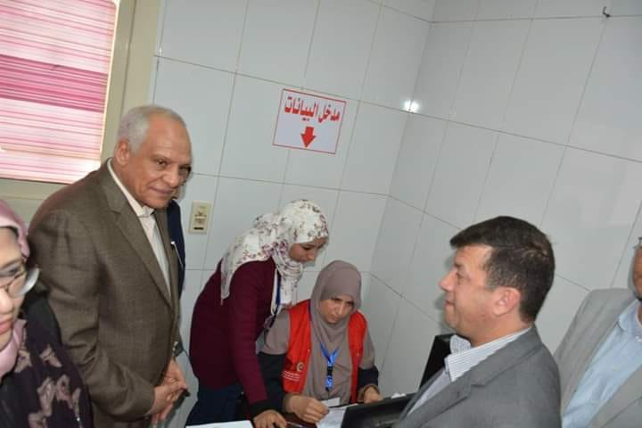 محافظ الجيزة يشارك المواطنين فعاليات المرحلة الثالثة لــــ 100 مليون صحة وعيادات متنقله للتسهيل على المواطنين