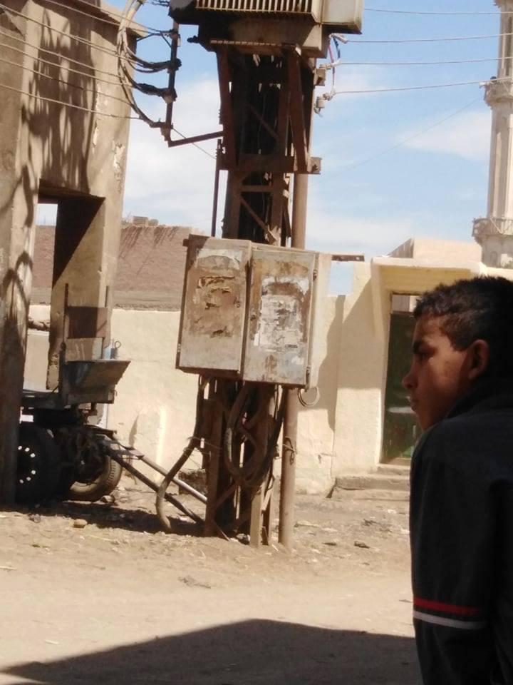 شكوى من محول كهرباء يهدد حياة الأهالى والأطفال بقرية الصلعا فى سوهاج