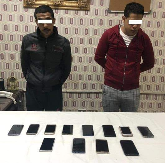 ضبط تشكيل عصابى بالإسكندرية تخصص فى إرتكاب جرائم سرقة الهواتف المحمولة من المارة بأسلوب الخطف