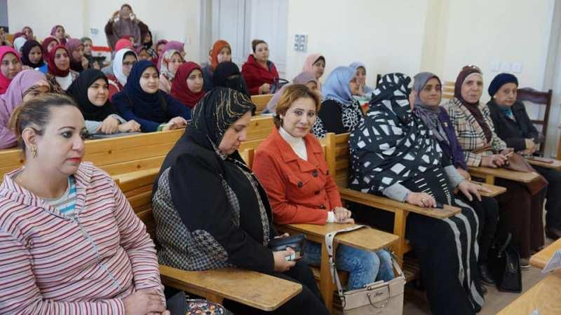 المرأة وتد البيت فى المجتمع البحراوى ندوة بكلية التمريض جامعة دمنهور