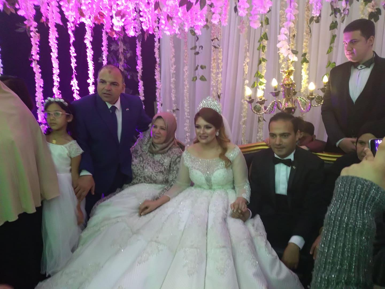 تهنئة من الاعلامية ستيرة عطية لمدير إدارة بلطيم التعليميه لحفل زفاف نجلته.