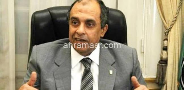 غانم يطالب بالمساواه بين مزارعى الصحراء فى تقسيط أراضى الدولة