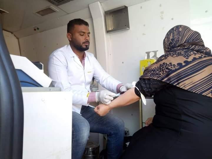 وكيل وزارة الصحة يوجه بقافلة طبية علاجية بنادى رأس غارب الرياضي