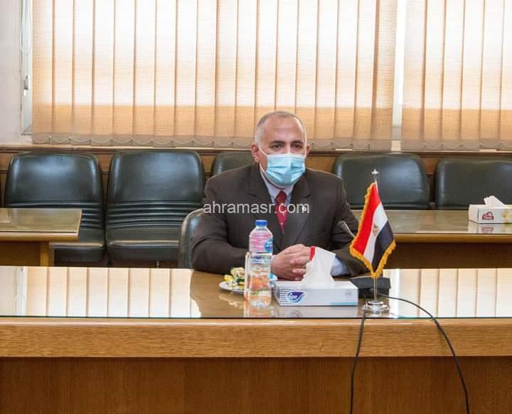 """""""عبد العاطى"""" يستقبل """"أروب"""" وزيرة الثقافة والمتاحف والتراث بدولة جنوب السودان"""