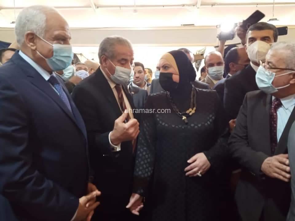 وزيرا التموين والصناعة ومحافظ الجيزة يفتتحون معرض أهلا رمضان بفيصل