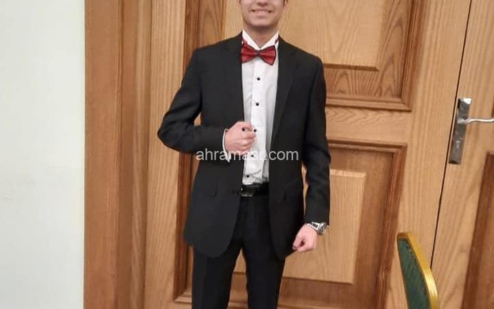 المطرب عمرو شريف يتألق فى حفل غنائي احتفالا بالعيد