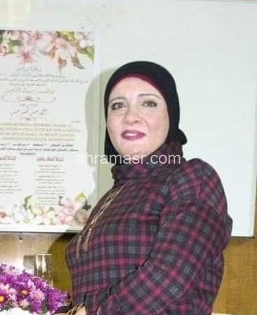 خبيرة تنمية اسرية المرأة المصرية لها باع طويل في العمل