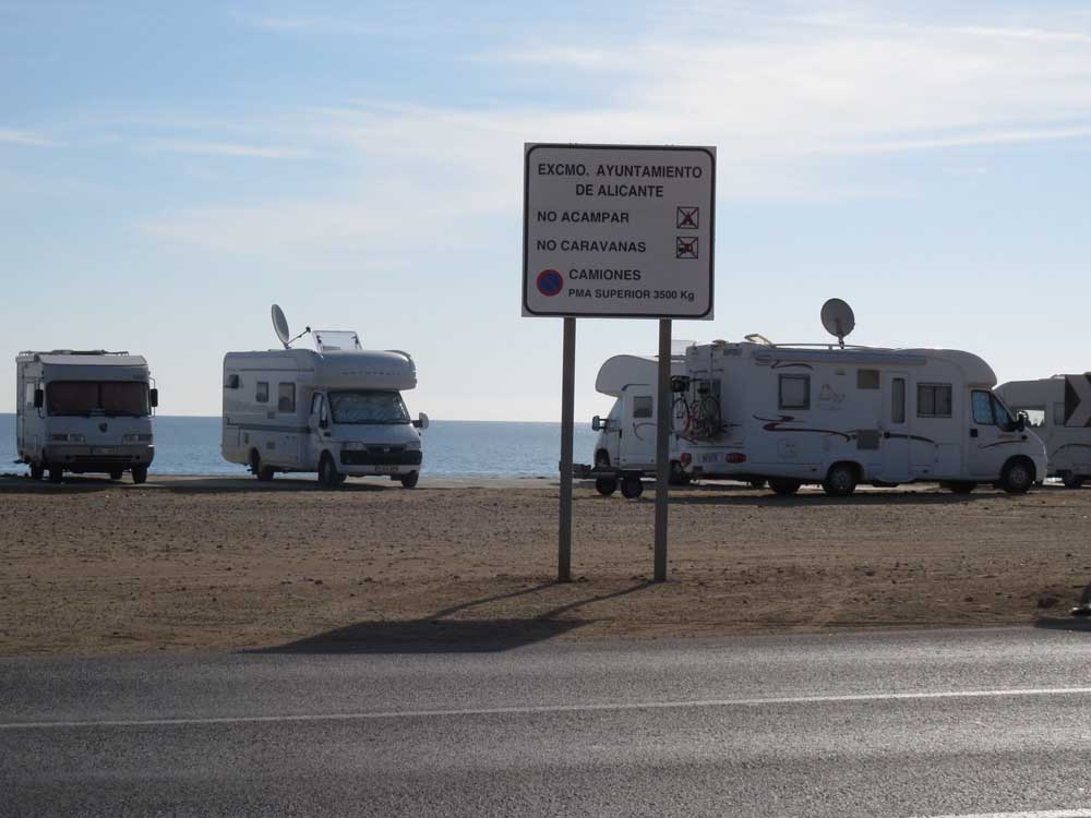 caravanas-aguamarga-peque