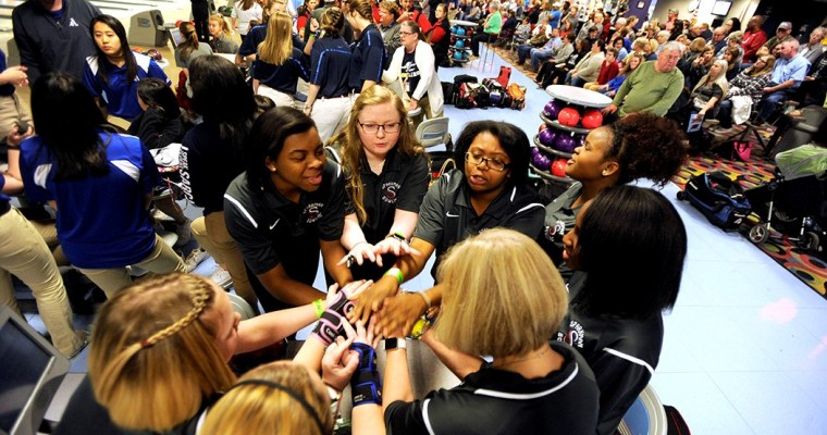 More students find a home in team sports as AHSAA bowling grows in popularity