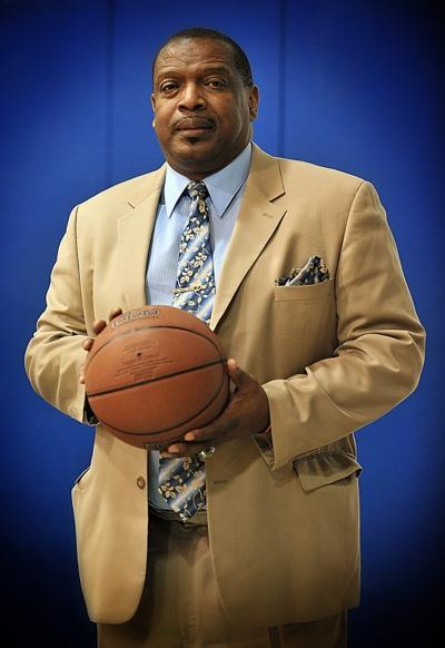 Three Boys' Basketball Coaches Post Milestone Wins to Claim AHSAA Basketball Spotlight