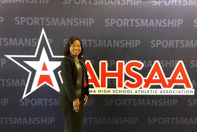 Basketball Coach Carolyn Wright to Join Husband in High School HOF