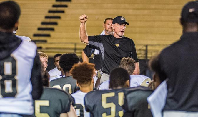 Wetumpka & Buckhorn Square off Thursday at  JSU in AHSAA TV/NFHS Network GOW