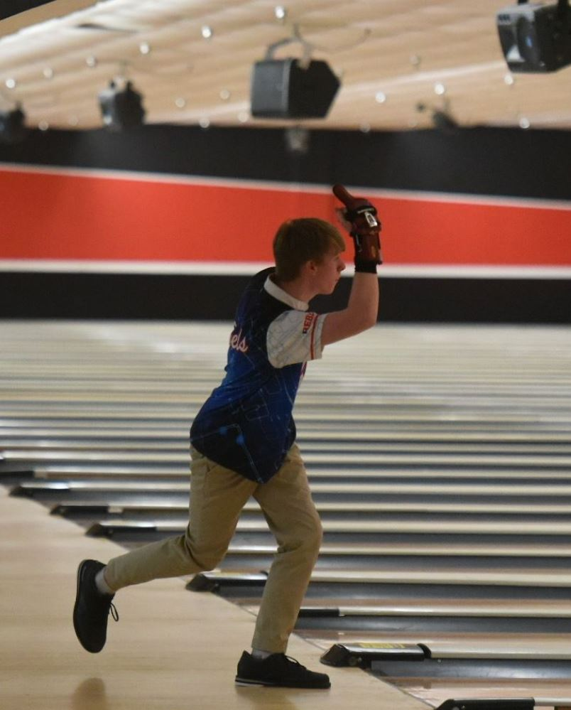 Vestavia boys, Southside Girls Earn Top Seeds in Region Bowling Championships