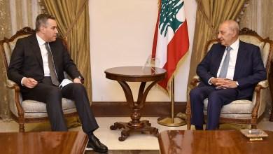 الرئيس المكلّف مصطفى أديب يلتقي رئيس مجلس النواب نبيه بري. تصوير: حسن ابراهيم